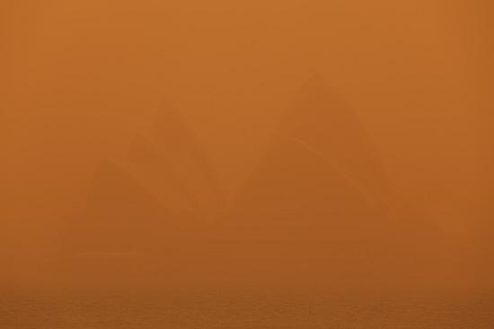Sydney Opera House Under Dust Blanket, Sydney, Australia