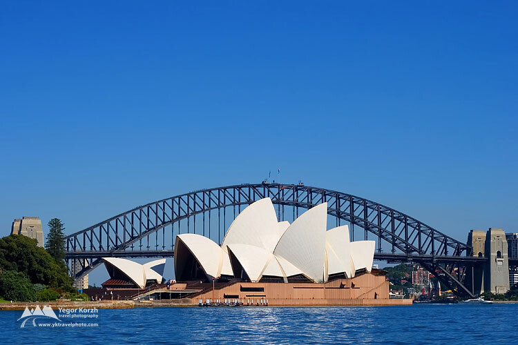 Sydney Opera House and Harbour Bridge, Sydney, NSW, Australia