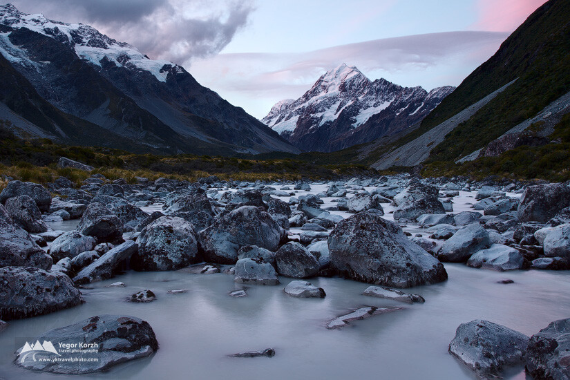 Hooker River, Aoraki- Mt Cook NP, South Island, New Zealand