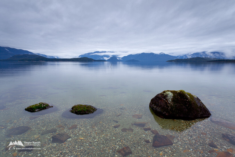 Lake Manapouri, South Island, New Zealand