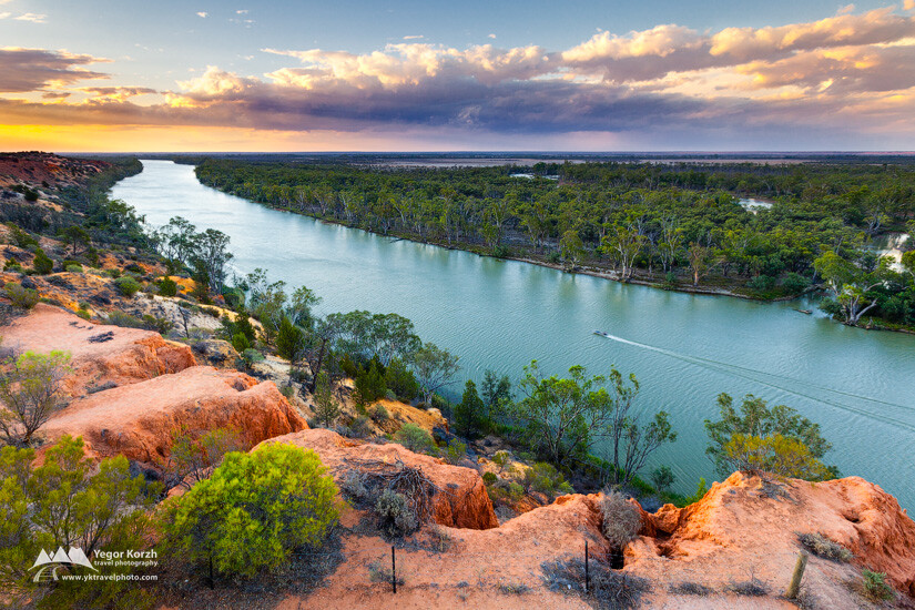 Murrey River (near Murtho), South Australia, Australia