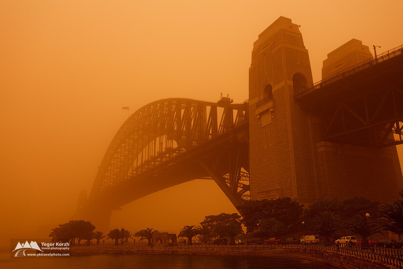 Sydney Harbour Bridge during The Dust Storm, Sydney, Australia
