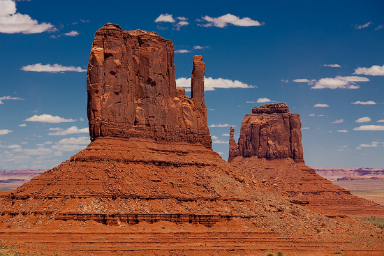 West and East Mitten Buttes, Monument Valley, Arizona, USA